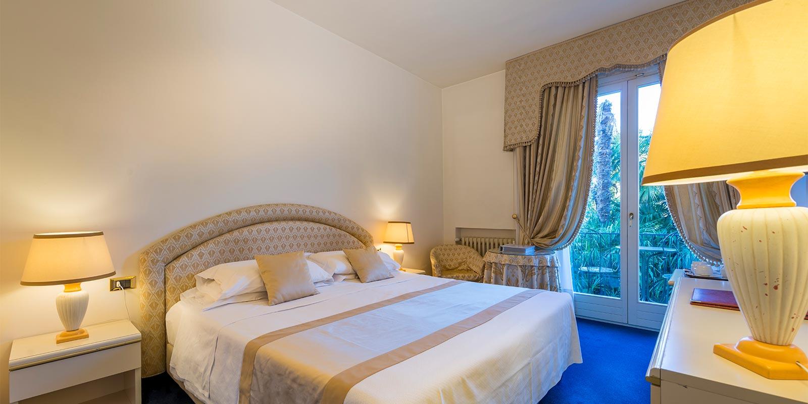 Hotel in Bardolino 3 Sterne – HOTEL 4 STAGIONI