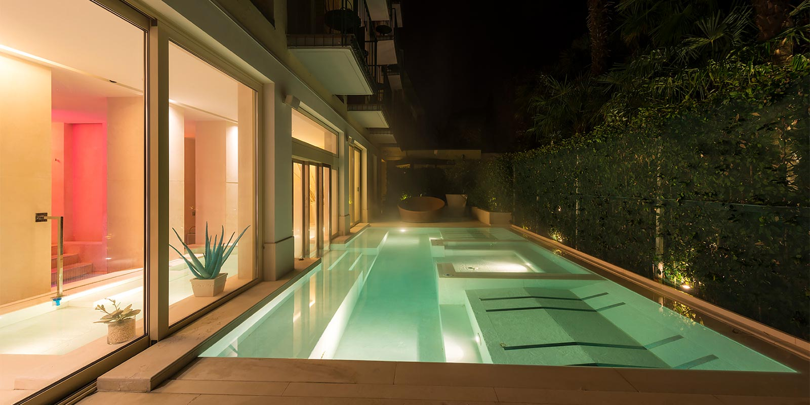 4 stagioni your hotel on lake garda with swimming pool for Hotels in lake garda with swimming pool